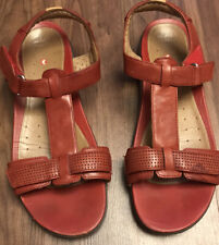 Women's Pair Of Leather Sandals From Clarks Size 7.1/2