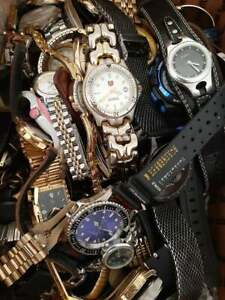 Huge lot of watches more than 10 lbs: Pulsar, Akribos, Fossil, Elgin, Timex,more