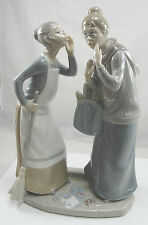 Authentic Lladro Porcelain Figurine Gossip #4984 Two Gossiping Women Retired
