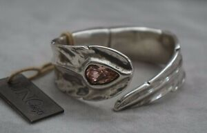 """NWT Uno De 50 """"Mirame"""" Pink Elements Crystal Feather Wrap Hinged Bracelet OS"""