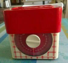 Balance de cuisine vintage Terraillon décor carreau, rouge. 3kg.