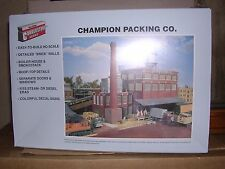 WALTHERS #3048  Champion Packing Co. - Building Kit  H.O.Gauge