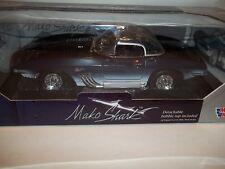 MOTOR MAX 1961 CHEVY CORVETTE MAKO SHARK DIECAST CAR  1:18