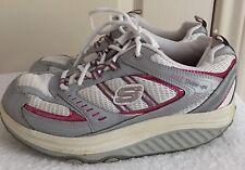 Womens SKECHERS SHAPE-UPS Toning Walking Exercise Shoes SIZE US 7.5 EU 37.5