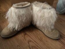 UGG Classic Short Sheepskin Cuff Sand Mongolian Fur Boots Womens Size 7 *NEW*