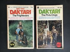 DAKTARI PAPERBACK BOOKS - THE FRIGHTENERS #4 & THE PINTU DOGS #2 FROM 1960's