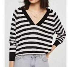 mango women's top black and white Size UKS{N97}