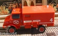 MERCEDES UNIMOG AMBULANCE SECOURS ROUTE SOLIDO 1/50 RED