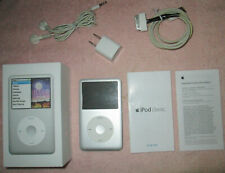Apple iPod Classic 7th Generation Silver (160 GB) — BUNDLE W/ BONUS WALL CHARGER