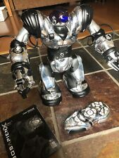 "Wowwee Robosapien X Humanoid Robot 14"" Silver and Black With Remote WORKS!"