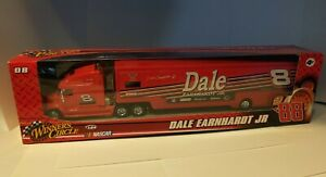 Dale Earnhardt Jr #08 National Guard 1:64 Winners Circle Nascar Car Hauler Truck