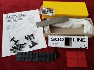 Accurail SOO Line 40' PS-1 3423 Steel Boxcar #137814 red doors knuckle couplers