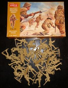 Vintage 1970's? Airfix # 1805 1:32 Scale Figures - WWII British Eighth Army
