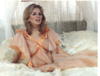 GLOSSY PHOTO PICTURE 8x10 Julie Ege In The Bed