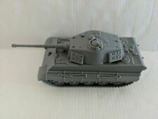 BMC WWII Gray German King Tiger Toy Tank 1 32 Scale for 54mm Army Men Soldier
