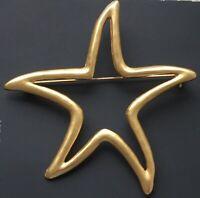 Vintage star brooch pin  gold tone Metal