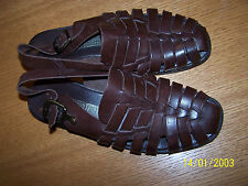 LEATHER COLLECTION BRAND DARK BROWN WEAVE UPPERS SIZE 6.5M SLINGBACKS FLATS