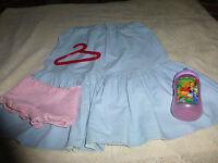 robe  bleue vintage  pour fillette ou grande poupée +divers offerts