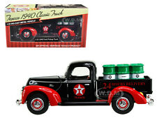 """1940 FORD PICKUP TRUCK """"TEXACO"""" WITH OIL BARRELS 1:32 DIECAST MODEL BY BTI 0613"""