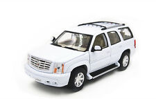 1:24 Welly 2002 Cadillac ESCALADE Diecast Metal SUV Model Car Vehicle White