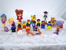 Lot of 22 Dolls Toys Ring Goggles Bratz Strawberry Shortcake Lego Dragon Mermaid