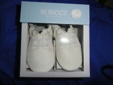 NIB -NEW -white Robeez leather baby shoes-sz. 6-12 months--$26.00 retail