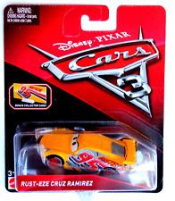 DISNEY PIXAR CARS 3 RUST EZE CRUZ RAMIREZ  WITH BONUS COLLECTOR CARD