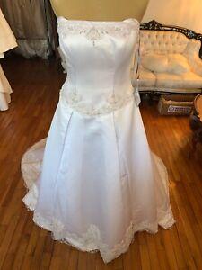#271 Marys Wedding Gown Amazing Detail Sz10 NWT