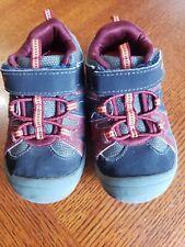 Oshkosh toddler boy shoes Size 9