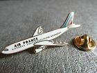 RARE PINS PIN'S - BOEING 777 - AIR FRANCE - AVION - VOYAGE - Signé TABLO * EGF *