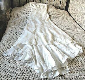 Ivory matte silk wedding dress by JASPER CONRAN Size 8 - 10