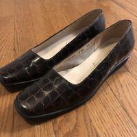 Salvatore Ferragamo Croc Embossed Leather Brown Shoes size 7.5 B Low Heel