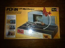 1/72 NEW Revell Fly-In SPAD XIII & Fokker Triplanes Airport Mini Hanger Diorama