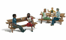 NEW Woodland N Scale Outdoor Dining Train Figures A2214