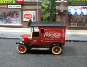 1920's  FORD  COCA~COLA DELIVERY TRUCK red LOOSE S SCALE DIE-CAST