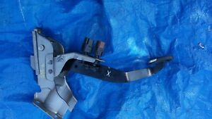 2005 Infiniti Coupe G35 OEM Complete Brake Pedal Assy.