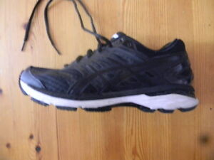 ASICS GEL GT-2000 RUNNING SHOES LADIES SIZE US 8.5 GOOD CONDITION