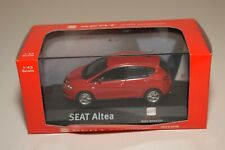 A2 1:43 ALTAYA IXO SEAT ALTEA RED MIB