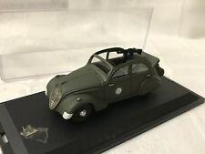 Peugeot 202 découvrable militaire France 1940 WWII - 1/43 Paradcar