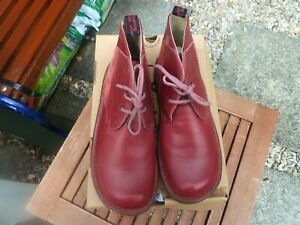 DR MARTENS WOMENS 'PALOMA' CHERRY RED LEATHER SIZE 9 NEW