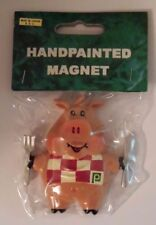 PUBLIX SUPERMARKET PIG MAGNET / COLLECTIBLE HAND PAINTED / RARE HARD TO FIND