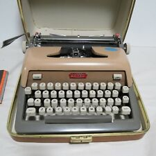 Vintage Royal Futura 800 Typewriter & Case - Works