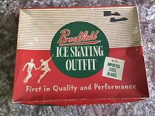 New listing Brookfield Vintage Woman Figure Skates, size 8, Fun Activity~1 Owner