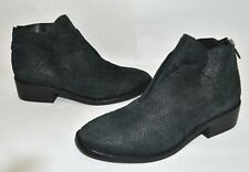 $390 EIEEN FISHER Tuck Textured LEATHER Siped Almond Toe Bootie GREY 7.5 (M17)