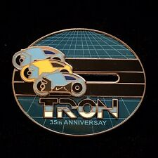 Cast Exclusive LE 500 Tron Movie 35th Anniversary Flynn Light Cycle Disney Pin