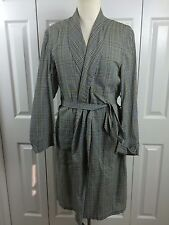 Vtg Cotton/Poly Plaid Robe Sz M Black Blue Gold White Plaid Retailed by Gruber's