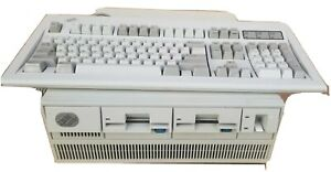 IBM Ps/2 Computer Model 70 /386 Type 8570 w/ keyboard model M with wired.