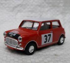 Norev 3 inches. Austin Mini Cooper Rallye .  echelle  1/60. Neuf en boite.