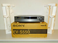 Sony EV-S550 High-End Vidoeo 8 Recorder in OVP w.NEU, NTSC, 2 Jahre Garantie