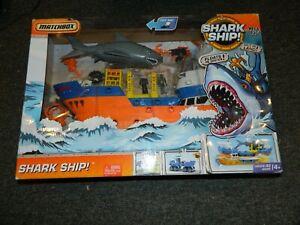 2010 Mattel Matchbox Shark Ship Play Set NEW